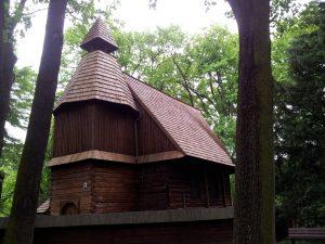 Im Scheitniger Park steht die ehemalige Kirche eines nahegelegenen Dorfs