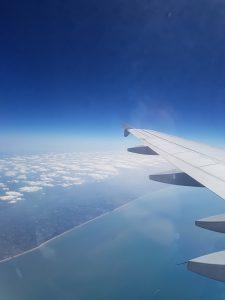 Der Flug übers Meer